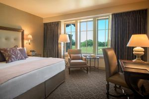 King Room with Golf View