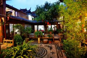 Lijiang Tea Horse Road Boutique Hostel