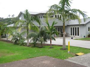 Photo of Cathedral Cove Apartment