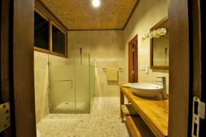 Three Monkeys Villas, Holiday parks  Uluwatu - big - 13