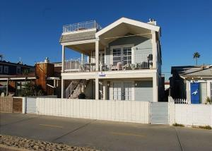 Photo of Oceanfront   2 Bedroom Apartment With Sofa Sleeper   Unit A