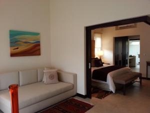 Rolling Hill Junior Suite All-Inclusive