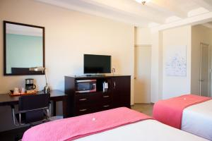 Double Room with Two Double Beds - Ocean Front