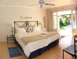 Twin Room with Pool View - Van der Stel