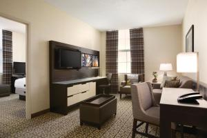 Two-Room King Suite