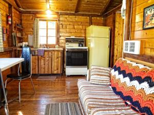 One-Bedroom Cottage - 6