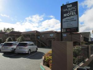 166 Majestic Court Motel