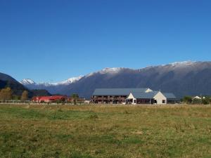 Photo of Haast River Top 10 Holiday Park