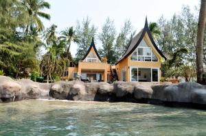 Dragon Sea View Villa