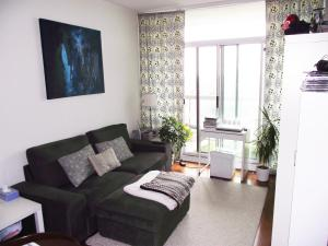 Fully Furnished Eden Park Condo