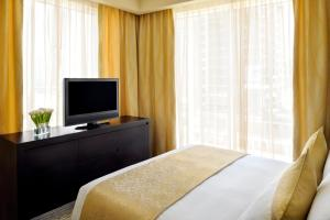 Special Offer - One-Bedroom Suite  with Free Superior Room for your Kids