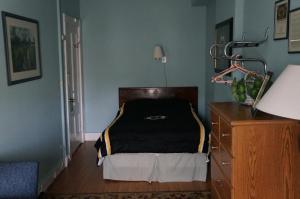 Double Room with One Double Bed and Shared Bathroom - Fourth Floor- 44