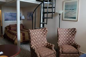 Room with One Double Bed and One Twin Bed - Fifth Floor- 51