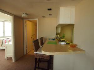 Two-Bedroom Apartment - 9NW