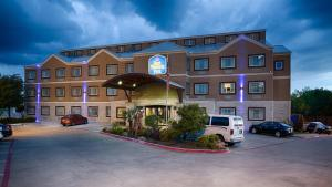 Photo of Best Western Plus Arlington North
