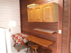 Chalet with Kitchen (5 Adults)