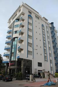 Photo of Peronti Hotel