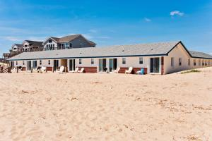 Photo of Dolphin Oceanfront Motel   Nags Head