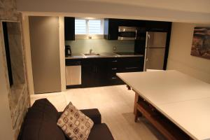 Westlake Fully Furnished Luxury Suite at Upper Beaches