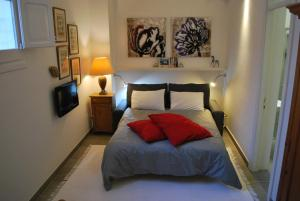 Photo of Charming Studio Apartment Birkirkara Malta