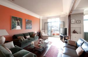 Luxury Four-Bedroom Apartment - Paseo de Gracia 46