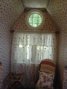 Double Room with One Double Bed and Private Bathroom