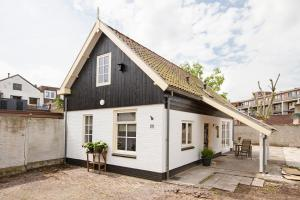 Cottage In Centre City Of Hilversum