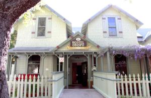 Hostelling International   San Luis Obispo