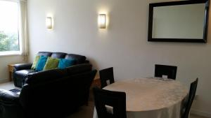 Standard Two Bedroom Apartment London Bridge