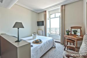 Hotel De France et Chateaubriand - 27 of 56