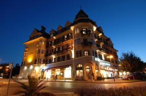 Photo of Hotel Carinthia Velden