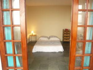 Double Room with Balcony and Sea View Violet Room