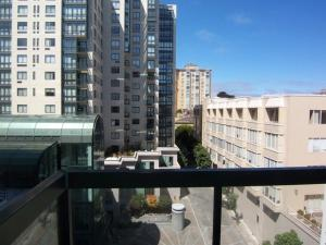 Amsi Van Ness One Bedroom Condo 2 (Amsi Sf.Vndb0415)