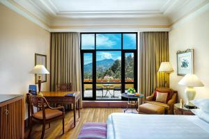 Wildflower Hall Shimla, Отели  Шимла - big - 39