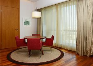 Suite Residential con acceso al salón swiss executive