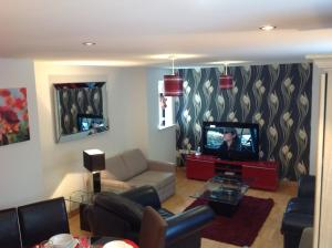 Woodford Green Apartment