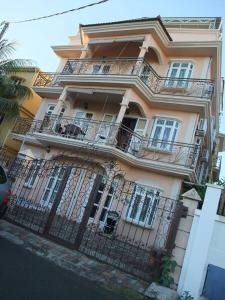 Le Shaba Apartments
