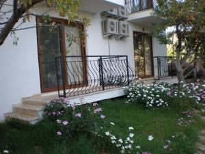 Karia Apart&Pension