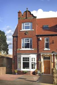 Northcliff Bed and Breakfast in Robin Hood's Bay, North Yorkshire, England