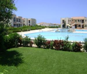 Three Bedroom Apartment in Marina Gate 6 - Unit 311 v Al 'Alamayn – Pensionhotel - Apartmaji. Kraj in datum. TUKAJ.
