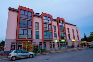 Apartments And Studios Perunika