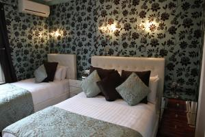 Photo of Crompton Guest House