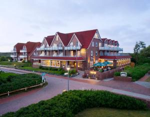 Photo of Hotel Strandhof