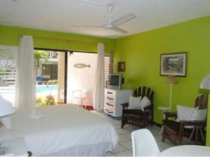Photo of Apartment 22 At Chrisanns Beach Resort