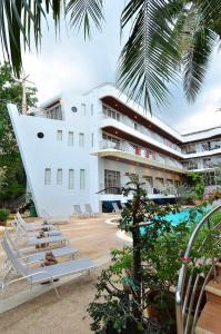 Photo of Samui First House Hotel