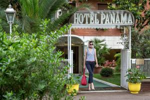 Photo of Hotel Panama Garden