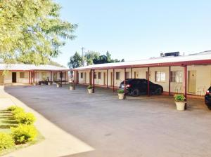 Photo of Longreach Motel