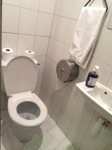Private Single Room with Shared Shower and WC