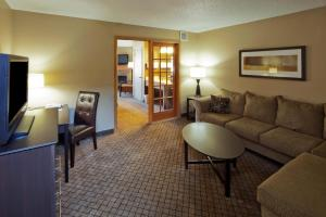 2 Room King Suite- Non Smoking