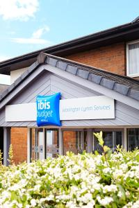 ibis Budget Warrington Lymm Services in Warrington, Cheshire, England
